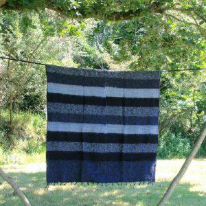Tibetaanse deken zwart gestreept